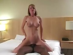 Amazing hotwife interracial breeding w bbc